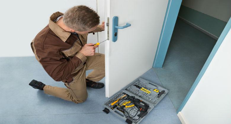 Cambiar bombin puerta blindada cerrajeros valencia for Cambiar puertas