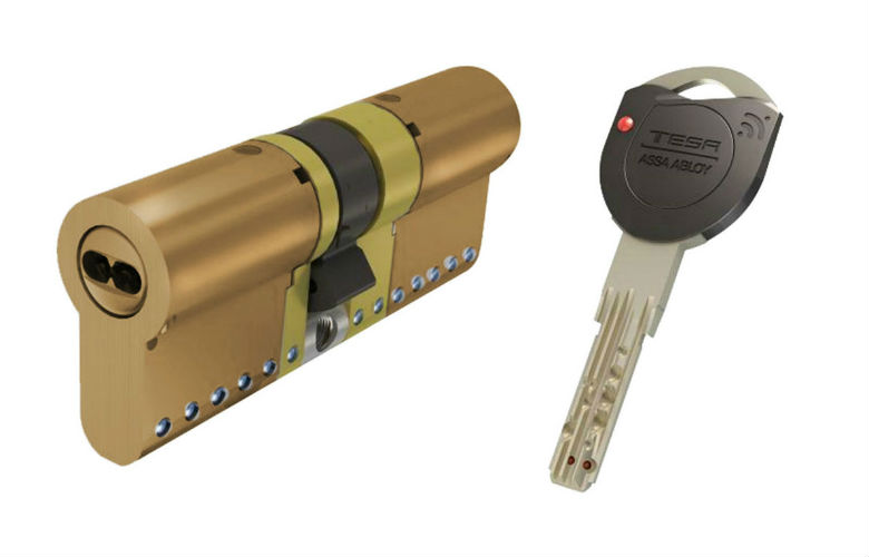instalar cerradura anti bumping en casa cerrajeros valencia